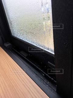 窓の結露の写真・画像素材[1646408]