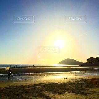 父母ヶ浜の沈む夕日の写真・画像素材[1513039]