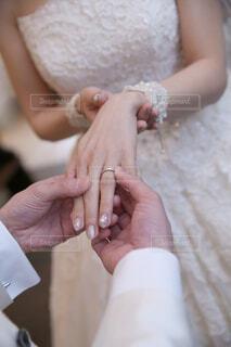 指輪の交換の写真・画像素材[2326084]
