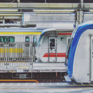 中野駅 三原色の写真・画像素材[1518263]