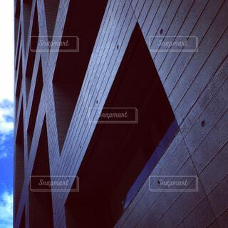 どっしりした外壁の写真・画像素材[1524258]