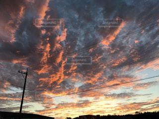 秋の夕日の写真の写真・画像素材[1522083]