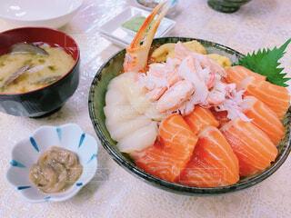 市場で新鮮!海鮮丼♡の写真・画像素材[1522975]