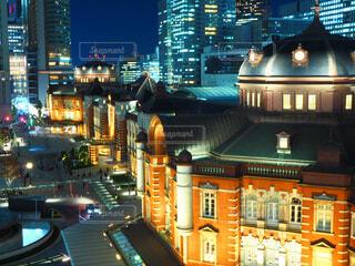 東京駅の夜の写真・画像素材[1621166]