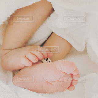 赤ちゃんの足の写真・画像素材[1522042]
