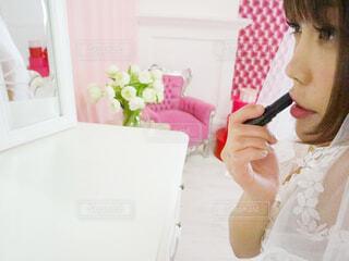 若い女の子が歯を磨いているの写真・画像素材[3027044]