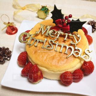 クリスマスのチーズケーキの写真・画像素材[1570875]