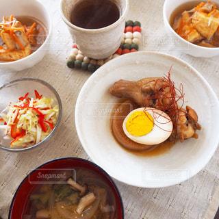 お昼ごはん 鶏手羽大根の写真・画像素材[1644207]