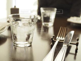 ガラスのコップの写真・画像素材[1686205]