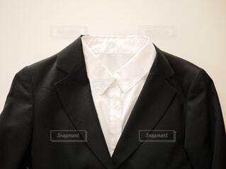 スーツとネクタイを身に着けている男の写真・画像素材[1754790]