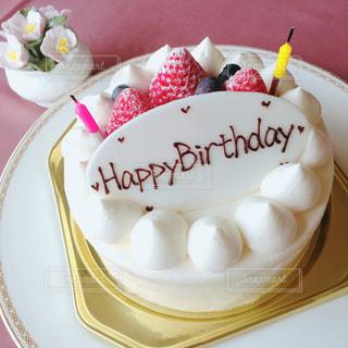 バースデーケーキの写真・画像素材[1528467]