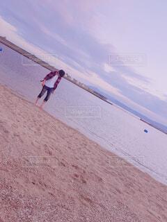 砂浜散歩の写真・画像素材[1534106]