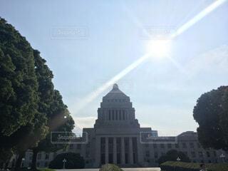 神々しい国会議事堂の写真・画像素材[1537220]