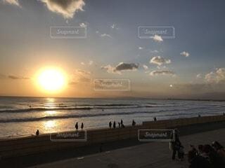 海沿いのサンセットの写真・画像素材[1541383]