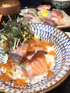 大好きが詰まった海鮮丼。の写真・画像素材[4516634]