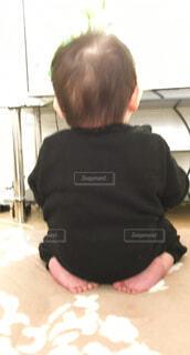 息子の後ろ姿の写真・画像素材[1540354]