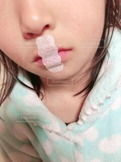 口呼吸予防中の写真・画像素材[1797471]