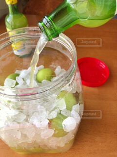 梅ジュース レモン汁入りの写真・画像素材[2242676]