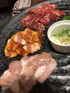 肉と野菜の料理の写真・画像素材[1552244]