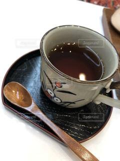 コーヒーのテーブルのスプーン カップの写真・画像素材[1589335]