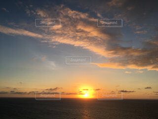 石垣島の夕陽の写真・画像素材[1553247]