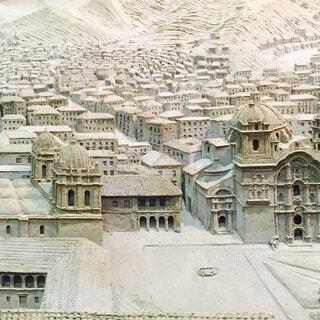 大きな白い建物の写真・画像素材[1651664]