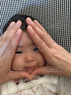 赤ちゃんの顔の写真・画像素材[1546767]