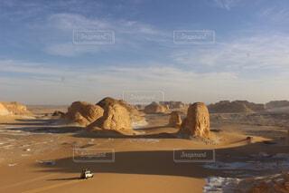 砂漠の中の絶景の写真・画像素材[1551567]
