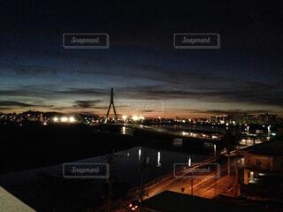 夜の街の景色の写真・画像素材[1551581]
