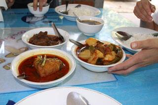 ミャンマーのカレーはかなり油っこいの写真・画像素材[1554476]
