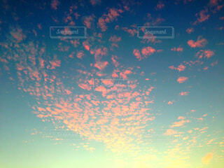 夕焼けと雲の写真・画像素材[1567449]