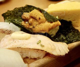 雲丹のお寿司の写真・画像素材[1692331]