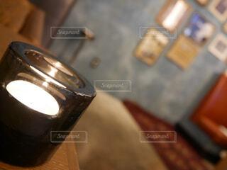 ろうそくの灯りの写真・画像素材[1722019]