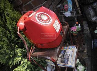 赤い公衆電話の写真・画像素材[1728080]