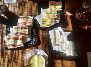 豪華なサンドイッチの写真・画像素材[1740510]