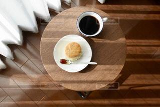 コーヒーとスコーンの写真・画像素材[1821410]