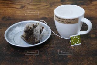 ティーカップとソーサーの写真・画像素材[1998207]