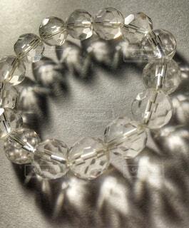 バッキーボール水晶のブレスレットの写真・画像素材[1751609]