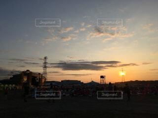 フェスの夕焼けの写真・画像素材[1552558]