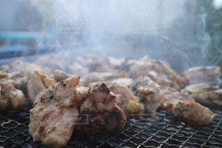 地鶏の炭火焼の写真・画像素材[1559329]