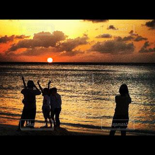バリの夕焼けの写真・画像素材[43187]