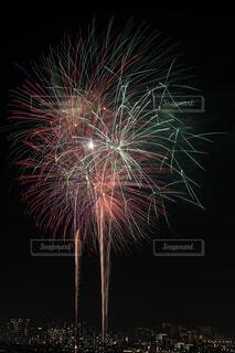 夜空の花火の写真・画像素材[1564503]