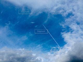 青空に雲の写真・画像素材[2092085]