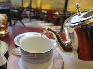 ラデュレのカフェでお茶の写真・画像素材[1573263]
