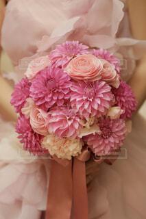 ピンクのブーケの写真・画像素材[1576325]