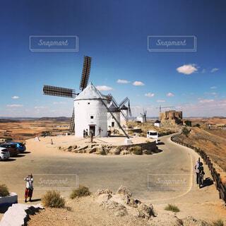 コンスエグラの風車の写真・画像素材[1578091]