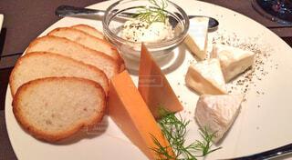 チーズの盛り合わせの写真・画像素材[1590995]