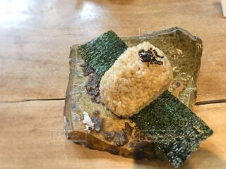 玄米おにぎりの写真・画像素材[1814999]