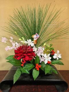 床の間に飾った正月花の写真・画像素材[1694345]