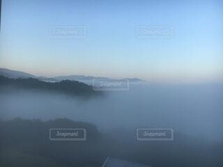 宮津湾の朝霧の写真・画像素材[1839227]